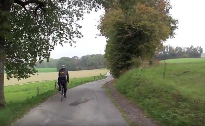 スイス 鉄道と自転車の旅 Day7:緑の丘陵地帯イヴェルドンとラショードフォンへ