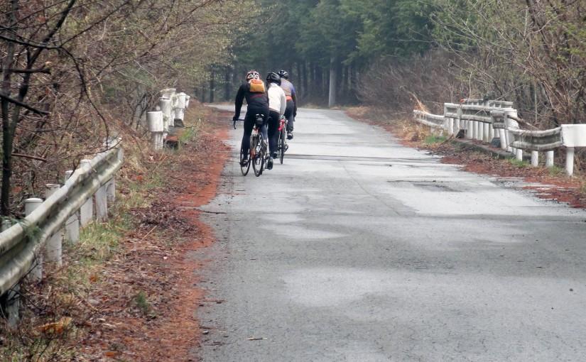 またもや通行止め。笹子駅を出発して新雛鶴峠、大垂水峠な山岳ツーリング