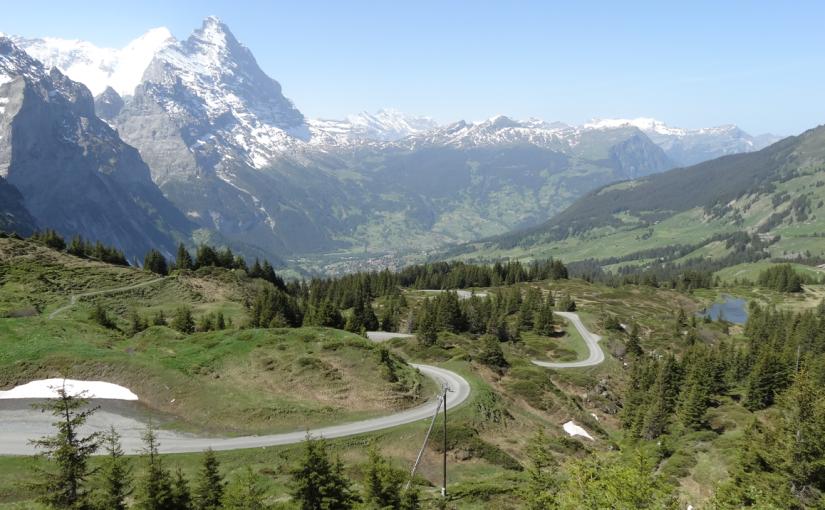 スイス・アルペンパノラマルートを行く(9)Day4:グロースシャイデッグ〜マイリンゲン