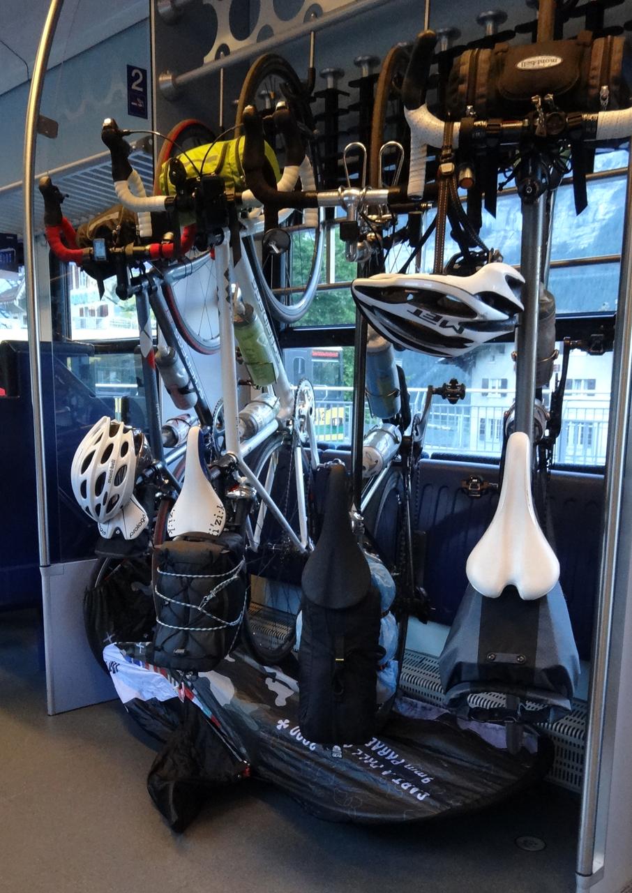 ベルナーオーバーランド鉄道のバイクスペース