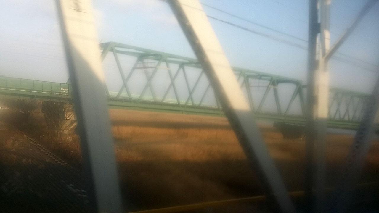 「七里の渡し」を電車で移動