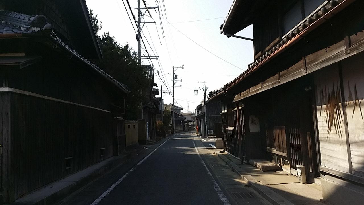 旧伊勢街道の街並み(磯山)